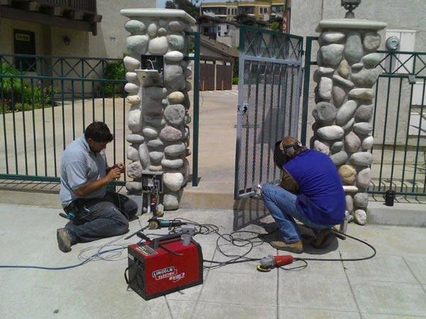Installazione-cancello-scorrevole-cavriago